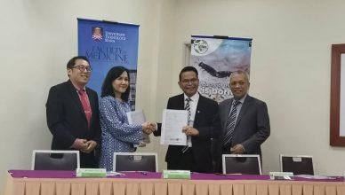 Majlis Menandatangani Perjanjian antara UiTM & Betsol Sdn Bhd serta Penyerahan Mock Up Cheque